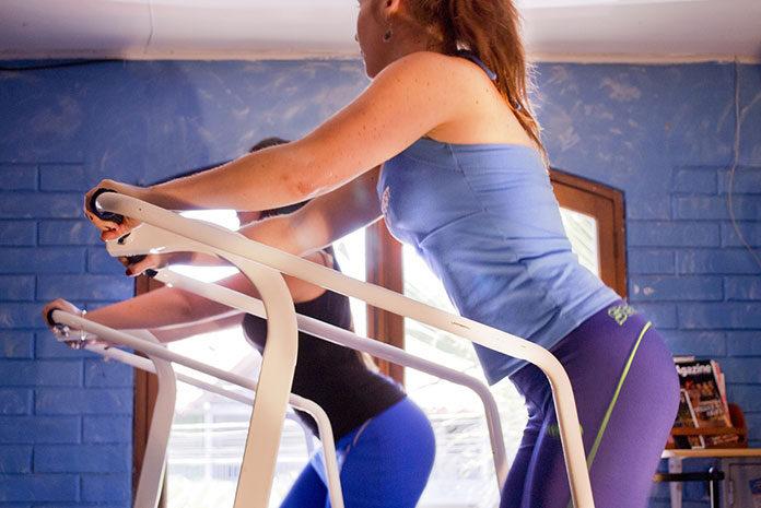 ćwiczenia na siłowni na odchudzanie